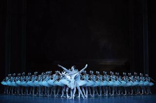 パリ・オペラ座「白鳥の湖」