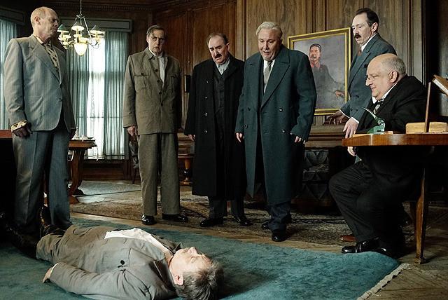 ジェフリー・タンバーの「スターリンの葬送狂騒曲」の画像