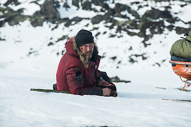マッツ・ミケルセンの「残された者 北の極地」の画像