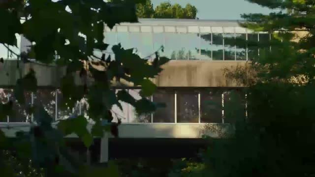 本編映像3:メンタル・ヘルス・センター