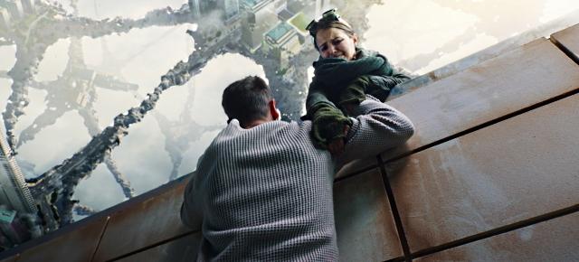 ルボフ・アクショノーバの「アンチグラビティ」の画像