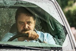 アオラレの映画評論『瞠目すべきクロウの怪演。車道の殺人鬼を描く現代の「激突!」!!』