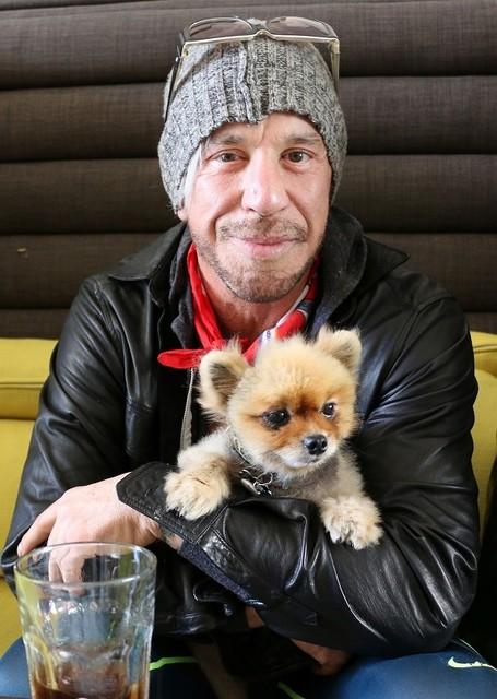 ミッキー・ローク&愛犬ロナルド