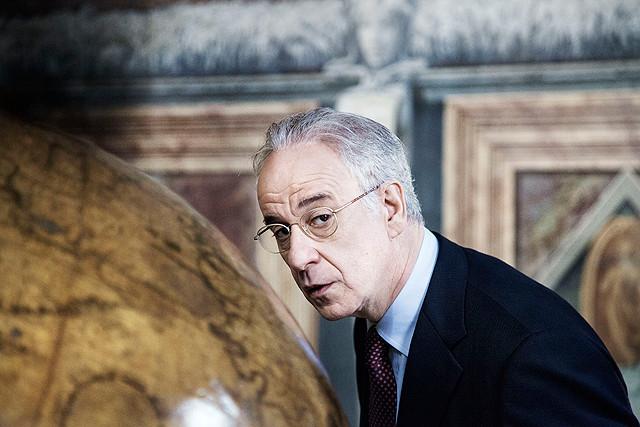 ローマに消えた男の映画評論・批評