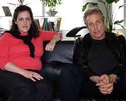 エマ・トーマス(左)とチャールズ・ローブン