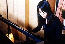ピアノの演奏シーン