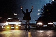原作に忠実に、日本の峠道で撮影された