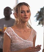 ウェディング・ドレス姿も披露する キーラ・ナイトレイ