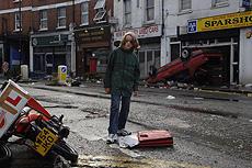 荒廃したロンドンの街並みが現実感を増幅