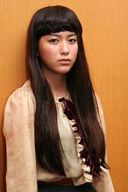 成海璃子が演じる妹さくらも兄の身を案じる