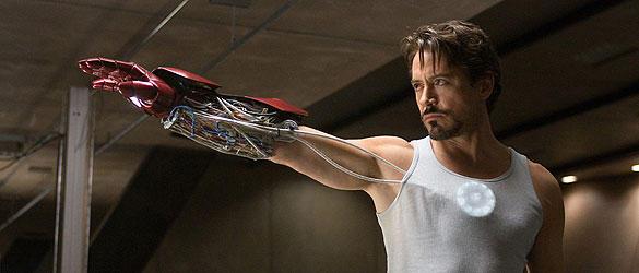 世界最強のCEO、トニー・スタークはアイアンマンとして生まれ変わる