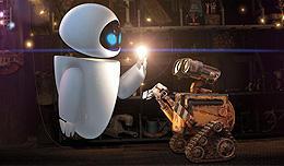 ロボット同士のコミュニケーションも見ていて愛らしく、楽しい