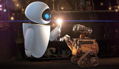 ロボット同士のコミュニケーションも 見ていて愛らしく、楽しい