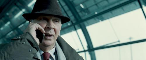 名優フランク・ランジェラは マーティンの親友コール教授役