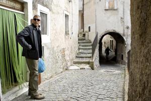中世の佇まいを残す石畳の町