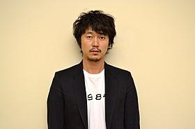ヘアメイク:遠山美和子(THYMON Inc.)MIWAKO TOHYAMA(THYMON Inc.)/ miwako tohyama( THYMON Inc.)スタイリスト:林道雄