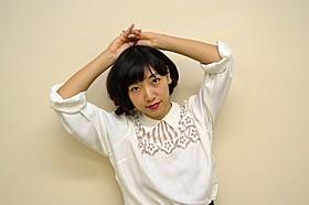 ヘアメイク:星野加奈子