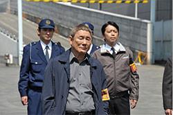俳優・ビートたけしも刑事役で登場!