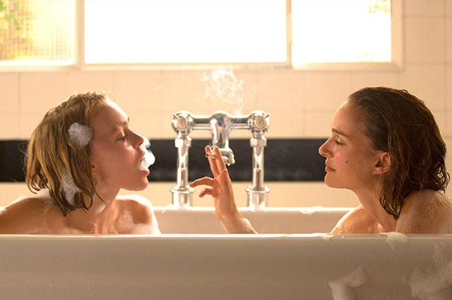 ナタリー・ポートマンとリリー=ローズ・デップ、各世代を代表する美人女優が夢の共演