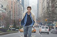 現代のニューヨークを舞台に、ほろ苦くもみずみずしい珠玉の青春ドラマが幕を開ける