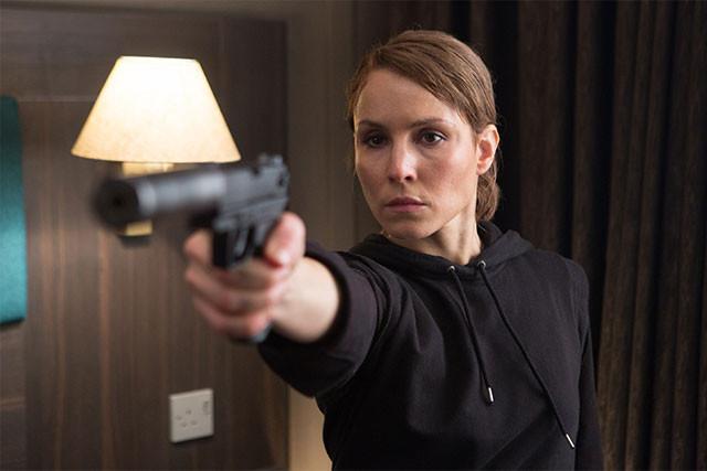 ワナにはめられ、CIA、MI5に追われるなか、ロンドンを狙うテロ阻止にCIA尋問官が挑む!
