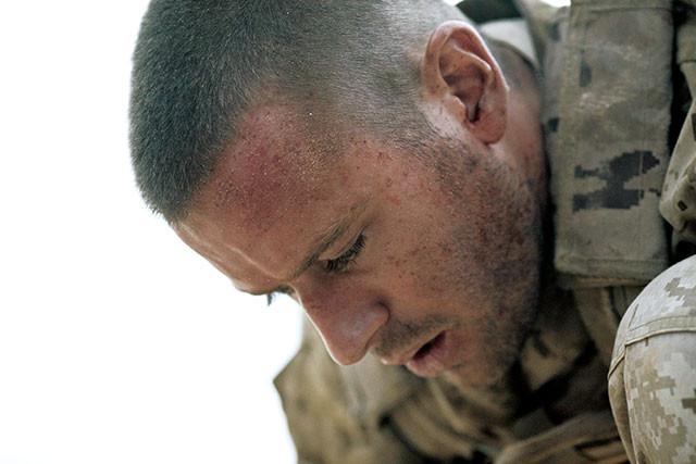 愛する人を残したまま戦地に赴いた米軍スナイパー……このまま命を失ってしまうのか?