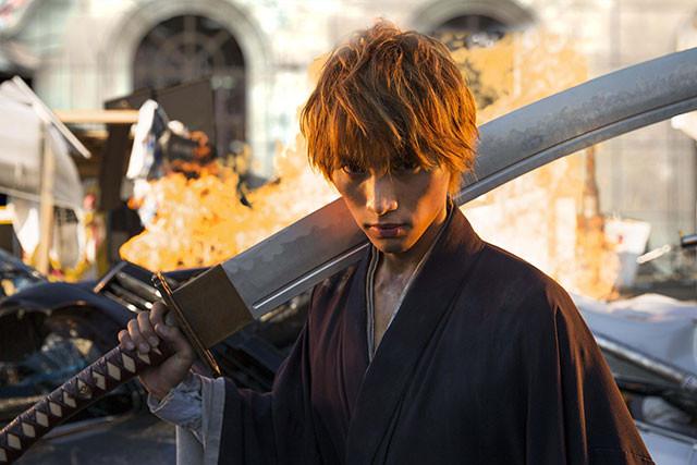 監督は、「GANTZ」「アイアムアヒーロー」「いぬやしき」のヒットメイカー、佐藤信介!