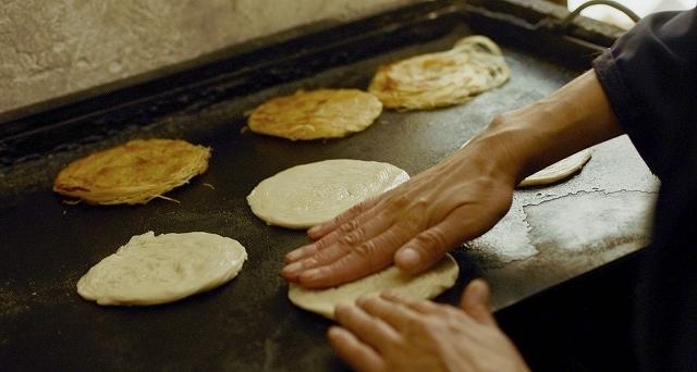 モロッコ伝統のパンケーキ、それがルジザ